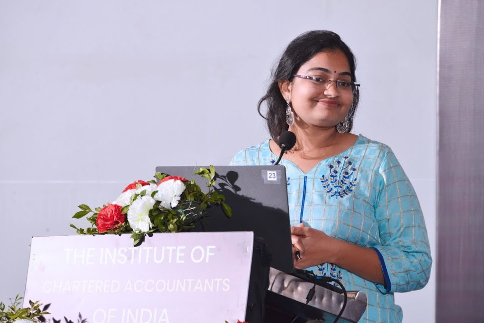 Samridhhi Mandawat – the Youngest Female Author to have donated all the Royalties for Women Upliftment
